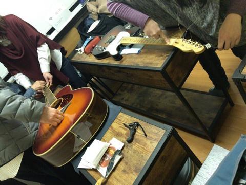 ギター弦交換挫折者救済ワークショップ